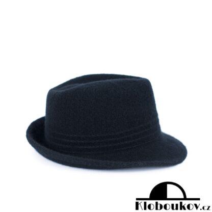 Dámský černý klobouk Trilby nejen na podzimní dostihy