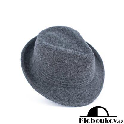 Dámský šedý klobouk Trilby nejen na podzimní dostihy