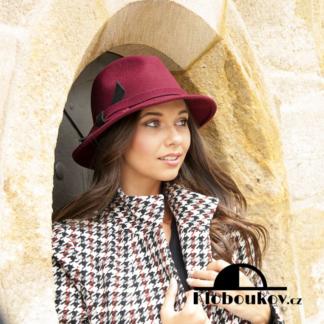Dámský vlněný klobouk pánského stylu - vínový